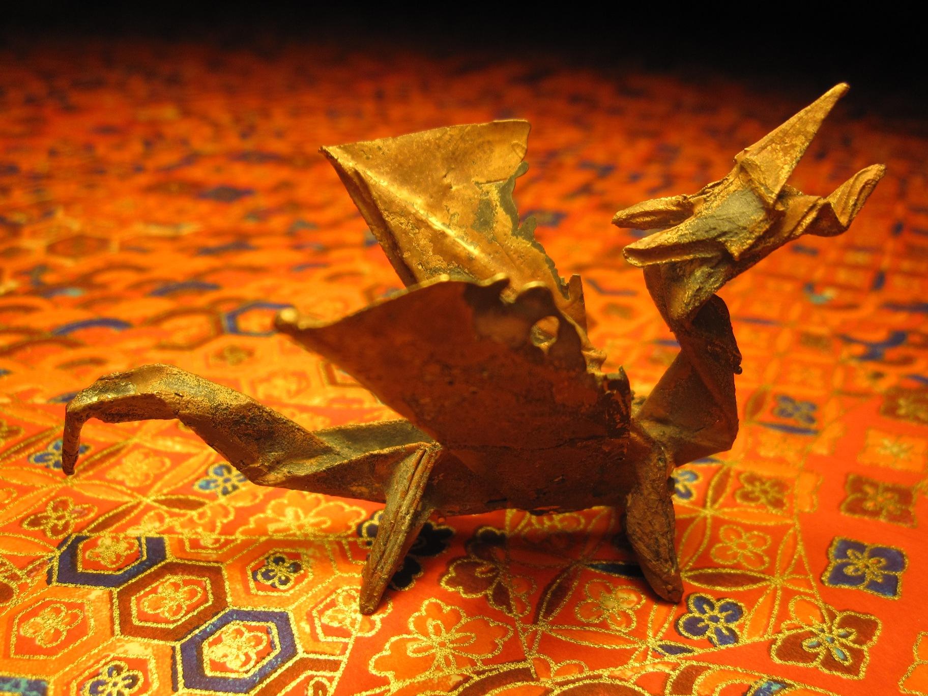 KNL-Dragon aus Bronze auf Washi